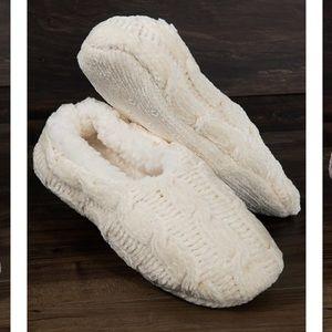 🆕 Fleece lined Chenille slippers Cream